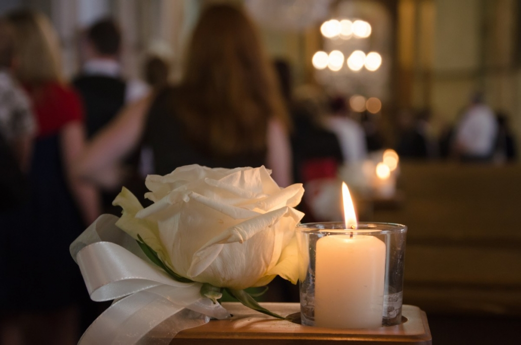 Eight Popular Flowers for Funerals